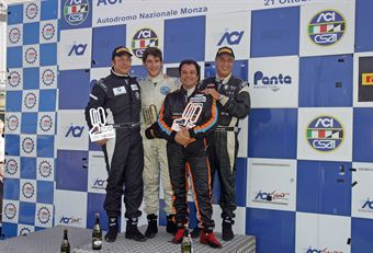 Podio gara 1 Super 2000,  Conte Zanin(Promotorsport, Bmw E 46 2.0 B 24h 2.0 #203), Massimo Zanin (Promotorsport, BMW E 46 2.0 B24h2 #202), Vincenzo Montalbano (Heaven Motorsport,Alfa Romeo 147 Cup B24H2.0 #209) , TCR ITALY TOURING CAR CHAMPIONSHIP