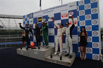 Podio gara 1 Super 2000,  Manuel Flaminio (Pro Motorsport, BMW 320i E46 B 24h 2.0 #207), Zanin Zanin (Pro Motorsport, BMW 320i E46 B 24h 2.0 #206), Piccin Dell'Antonia (A.S.D. Super 2000, Honda Civic Type R B 24h 2.0 #208), TCR ITALY TOURING CAR CHAMPIONSHIP