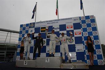 Podio gara 1 Super Produzione, Busnelli Moccia (DTM Motorsport, Seat Leon Lon Run   B 2.0T #1), Gozzi Scotto (Scuderia Genoa Corse, Seat Leon Long Run B 2.0T #12), TCR ITALY TOURING CAR CHAMPIONSHIP