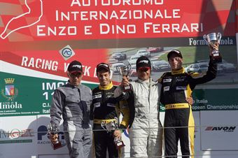 Gara 1 Podio Seat, Zangari Zangari ( TJEMME, Seat Leon Long Run,Seat SC #12), Vincenzo Montalbano (Powerace,Alfa Romeo 147 Cup B24H2.0 #212), TCR ITALY TOURING CAR CHAMPIONSHIP