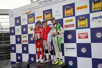 Podio Rookie gara 1, Joshua Durksen (BWT Mucke Motorsport,Tatuus F.4 T014 Abarth #26)Paul Aron (Prema Powerteam,Tatuus F.4 T014 Abarth #7)Filipe Ugran (BVM Racing,Tatuus F.4 T014 Abarth #12), ITALIAN F.4 CHAMPIONSHIP POWERED BY ABARTH