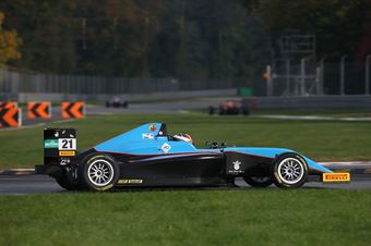 Axel Gnos (Jenzer Motorsport,Tatuus F.4 T014 Abarth #21), ITALIAN F.4 CHAMPIONSHIP POWERED BY ABARTH