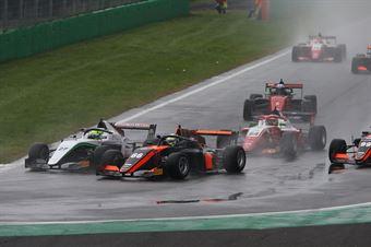 Andreas Estner (Van Amersfoort Racing BV,F3 Tatuus 318 A.R. 66)David Schumacher (US Racing,F3 Tatuus 318 A.R.#27), FORMULA REGIONAL EUROPEAN CHAMPIONSHIP