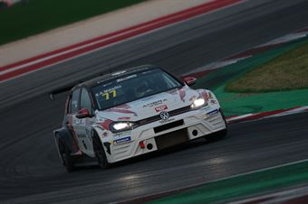 Andrea Mabellini (Elite Motorsport, Volkswagen Golf GTI TCR DSG #77), TCR DSG ENDURANCE