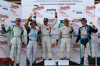 Podio Seat Piccin Dall'Antonia (BF Motorsport,Cupra TCR DSG #15)Simone Vullo Pellegrini (BD Racing,Cupra TCR DSG #28)Bensi Fenzi (BD Racing,Cupra TCR DSG #5), TCR DSG ITALY ENDURANCE